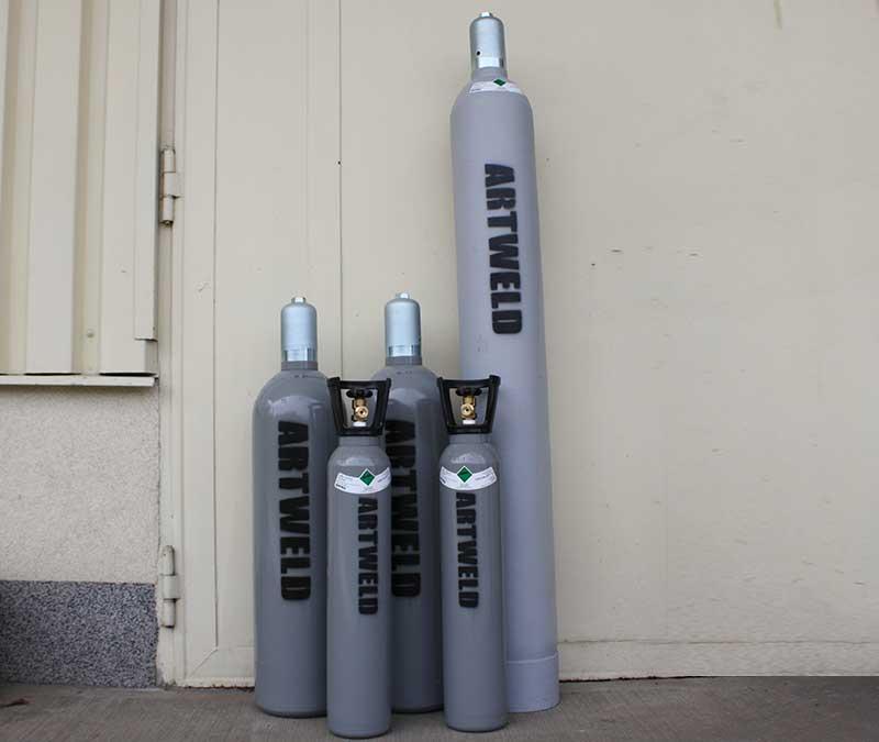 Technické plyny, propan-butan, spolehlivé lahve, vlastní plnírna